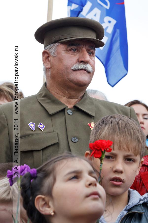 Фотография: на митинге в день 70-летия начала Великой Отечественной войны. Парк Победы, мемориал памяти камчатцев, погибших во Второй мировой войне