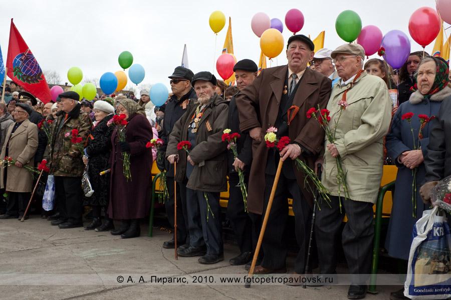 Фотография: 9 Мая, Петропавловск-Камчатский. Ветераны Великой Отечественной войны и тыла
