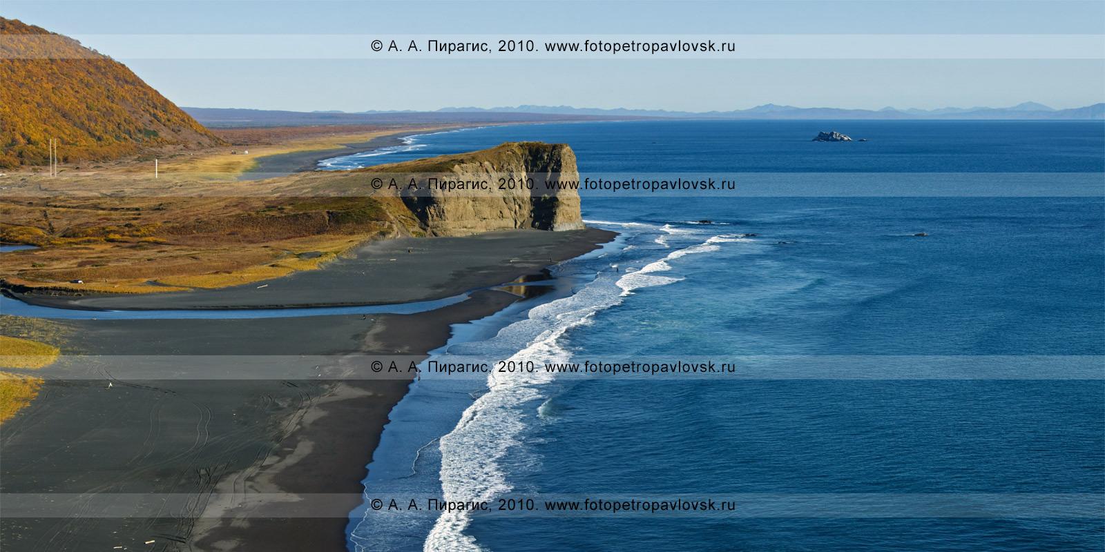Фотография: На фотографии: Англичанка. Мыс Первый в Авачинском заливе Тихого океана, справа — остров под названием Скала Ворота