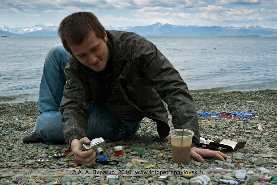 """Фотография: """"Арт-Пляж"""" в Камчатском крае. Берег Авачинской губы (Авачинской бухты)"""