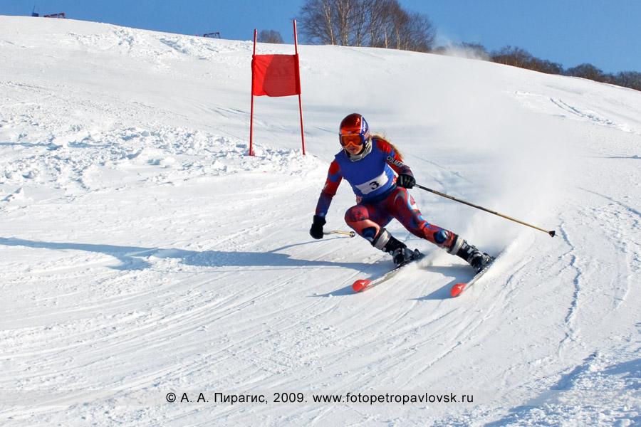 Фотография: Баранова Анастасия — 2-е место в чемпионате Камчатского края по слалому-гиганту (гигантский слалом)