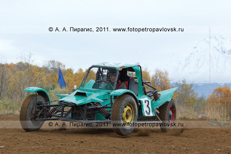 Фотография: соревнования по баггикроссу на автомототрассе в городе Елизово Камчатского края