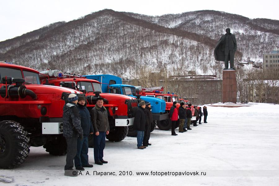 Фотография: новая пожарная и спасательная техника, поступившая на вооружение спасательных подразделений Камчатского края