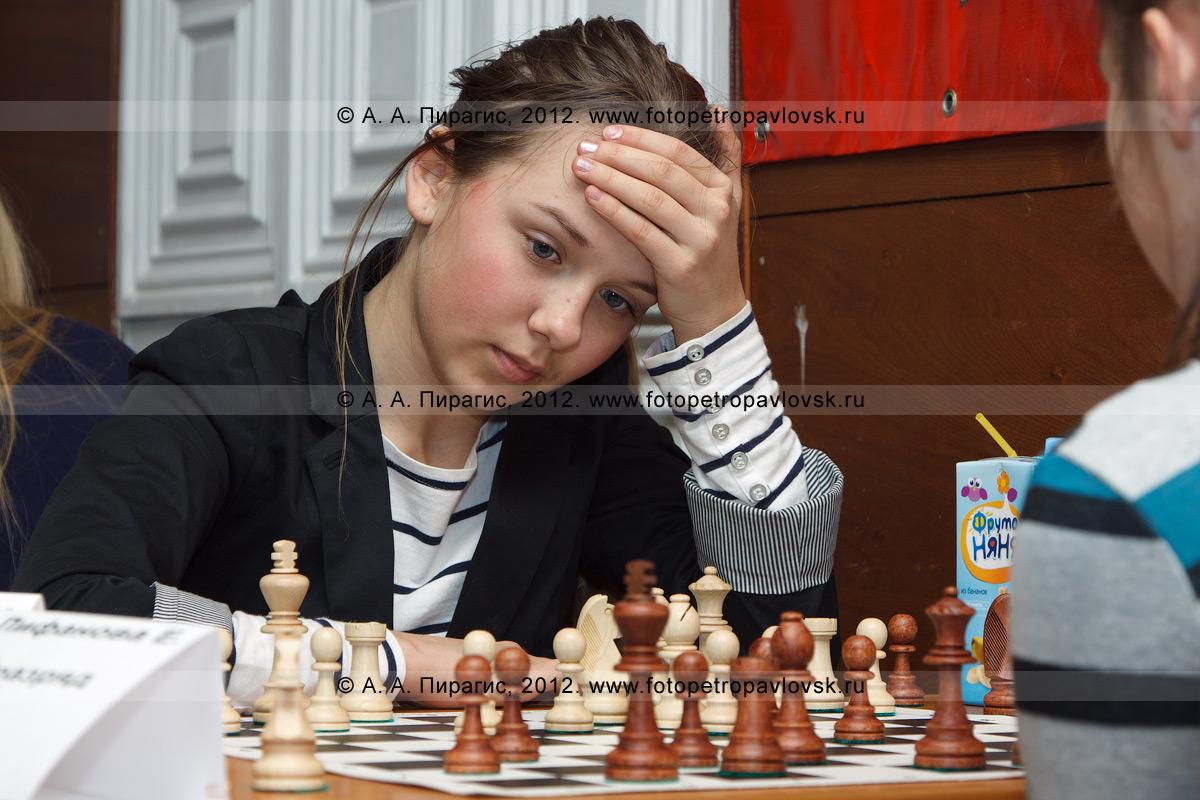 Фотография: камчатская шахматистка — участница чемпионата Камчатского края по классическим шахматам. ДЮСШ № 1, Камчатка, город Петропавловск-Камчатский