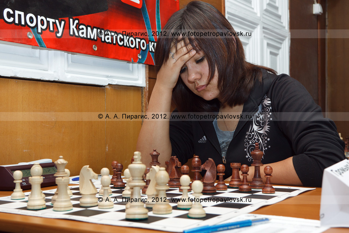 Фотография: камчатская шахматистка — участница чемпионата Камчатского края по классическим шахматам. ДЮСШ № 1, Камчатский край, город Петропавловск-Камчатский