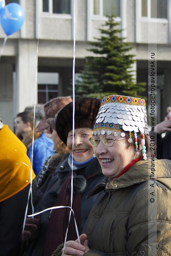 Фотография: День народного единства на площади Ленина в столице Камчатского края