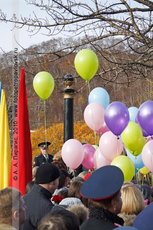 Фотография: День рождения города Петропавловска-Камчатского. Ритуал памяти, посвященный Витусу Йонассену Берингу — основателю города Петропавловска-Камчатского