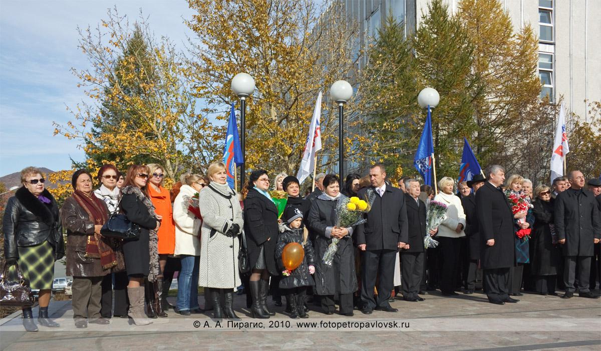 Фотография: день рождения города Петропавловска-Камчатского. На ритуале посвящения в почетные граждане города Петропавловска-Камчатского