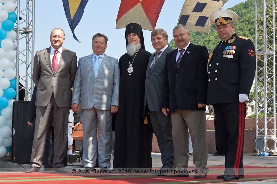 Фотография: празднование Дня Военно-морского флота России в Петропавловске-Камчатском