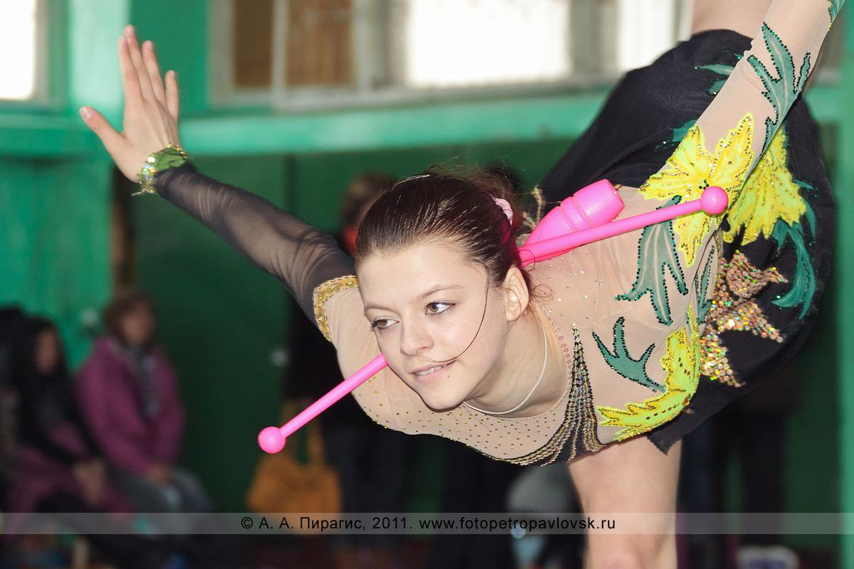 Фотография: Наумкина Надежда, 5-е место в соревнованиях по художественной гимнастике по программе МС (мастер спорта). Художественная гимнастика на Камчатке