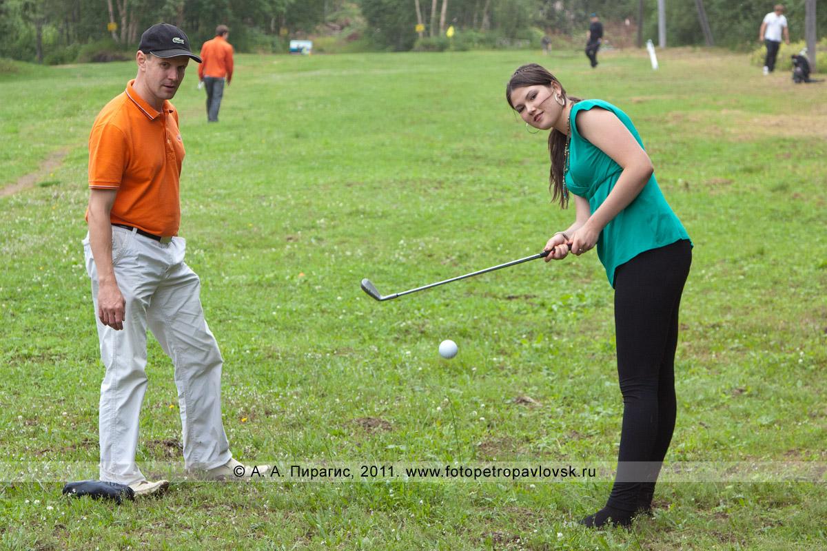 Фотография: камчатская гольфистка Михайлова Дарья. Соревнования по гольфу в городе Петропавловске-Камчатском