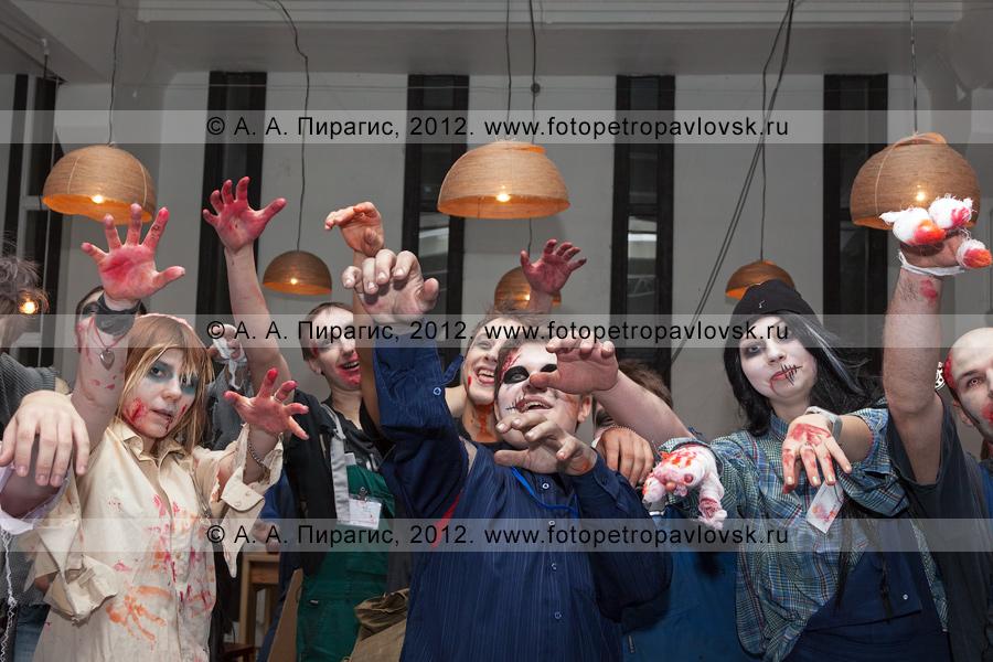 """Фотография: шоу ужасов """"15 минут страха"""" в канун Хэллоуина"""