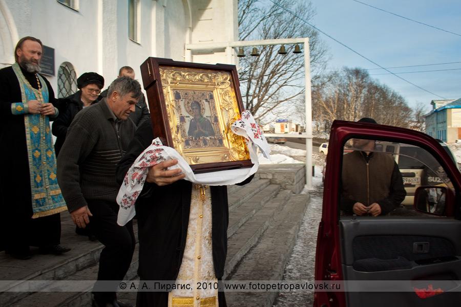 """Фотография: Икона Божией Матери """"Умягчение злых сердец"""" на Камчатке"""
