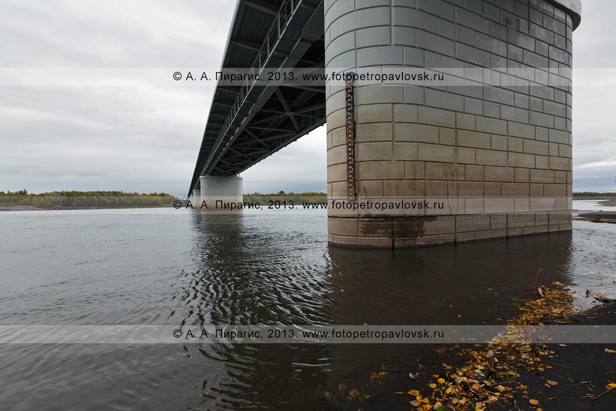 Фотография: вид на мост через реку Камчатку на 168-м километре трассы Мильково — Ключи — Усть-Камчатск. Камчатка