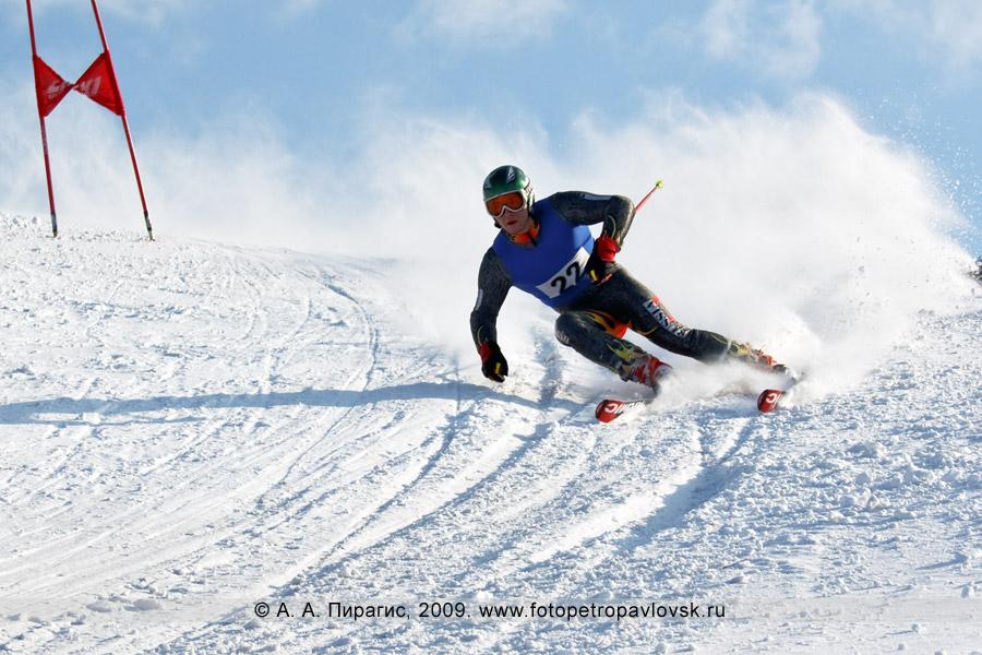 Фотография: Лазун Геннадий — 1-е место в чемпионате Камчатского края по слалому-гиганту (гигантский слалом)