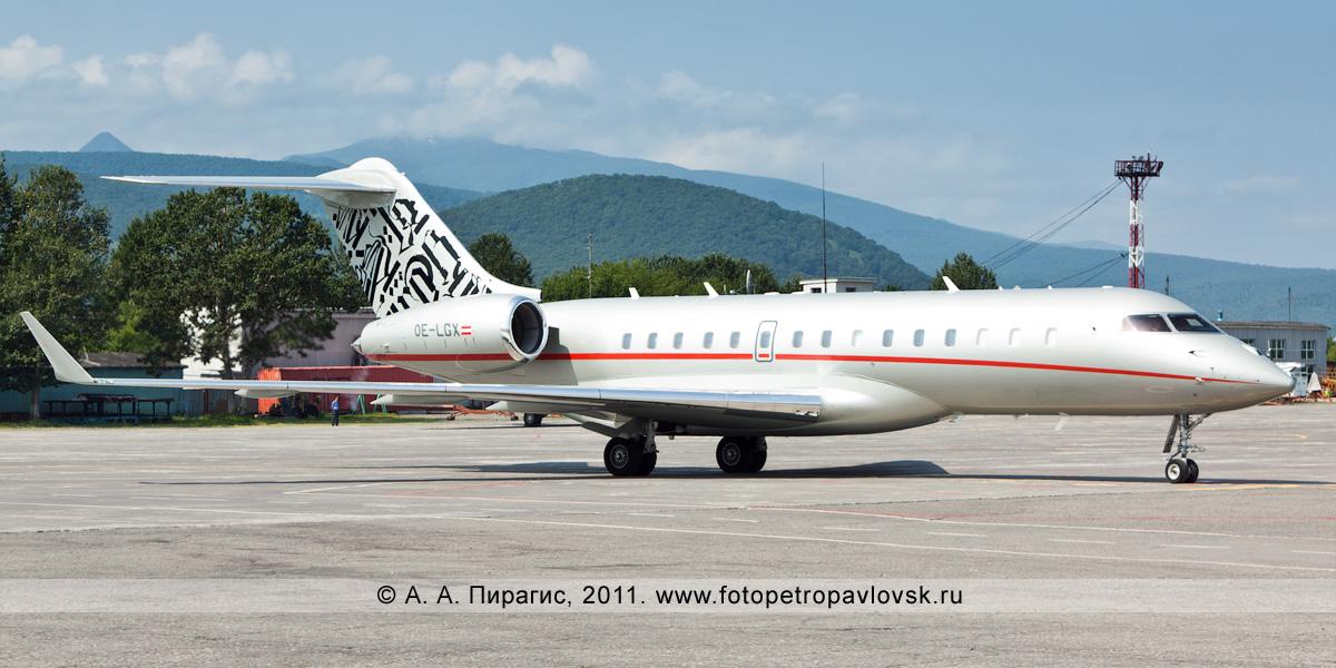 Фотография: самолет Владимира Вольфовича Жириновского