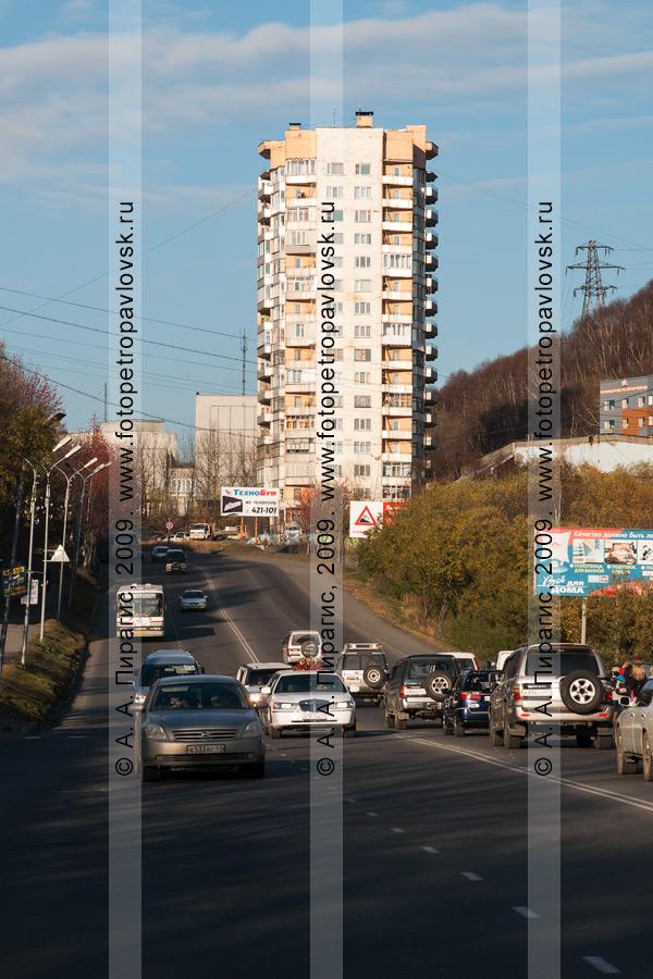 Фотография: шестнадцатиэтажка, Петропавловск-Камчатский, ул. Ленинградская, 122а