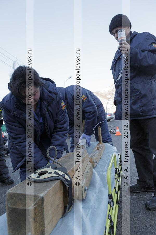 Фотография: учения по отработке действий оперативных служб при ликвидации последствий дорожно-транспортного происшествия (ДТП). Камчатский край, Петропавловск-Камчатский городской округ