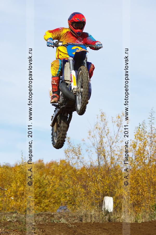 Фотография: мотоциклетный спорт на Камчатке, мотокросс в городе Елизово (Камчатский край)