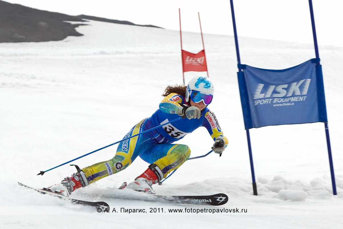 Фотография: летние соревнования по горнолыжному спорту (слалом-гигант) на Авачинском вулкане
