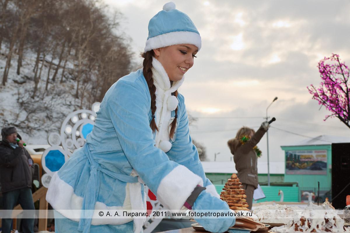 """Фотография: снегурочка Ерошевская Катя. Конкурс """"Забег снегурочек"""" от камчатской радиостанции """"Радио СВ"""""""