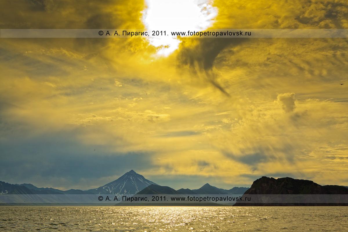 Фотография: Вилючинский вулкан (Вилючинская сопка), Авачинский залив, Камчатка