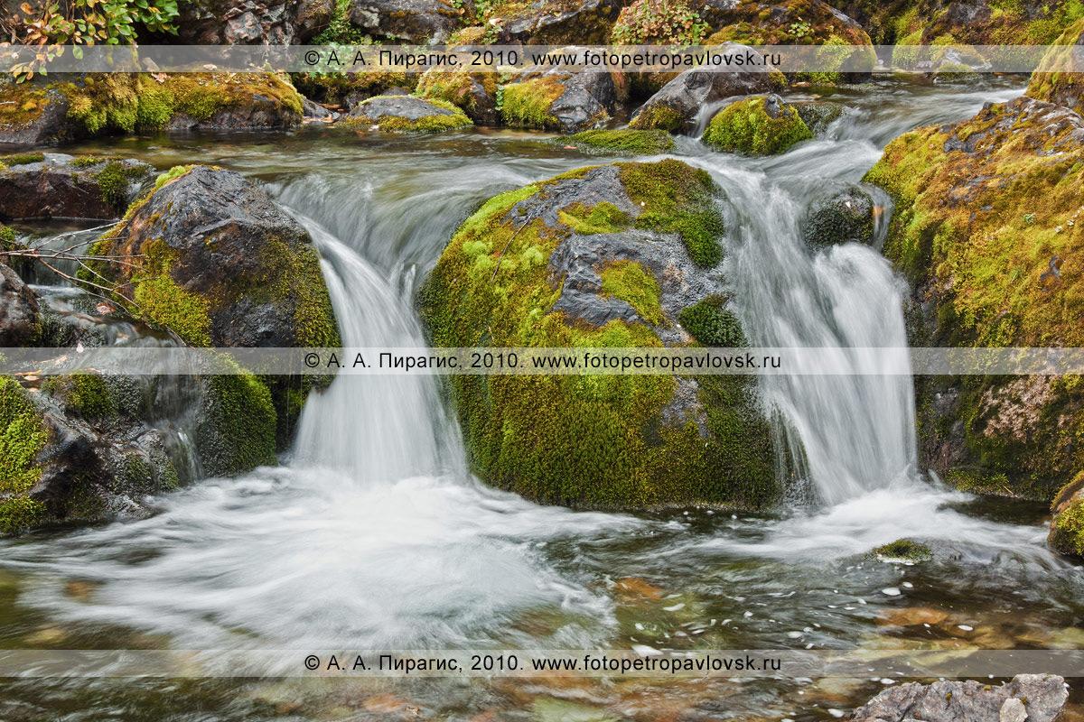 Фотография: перекат на реке Ключевой. Горный массив Вачкажец, Южно-Быстринский хребет, полуостров Камчатка