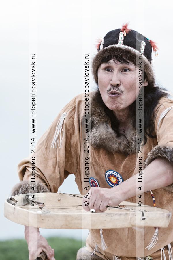 """Фотография: Корякский фольклорный ансамбль танца """"Ангт"""". Полуостров Камчатка"""