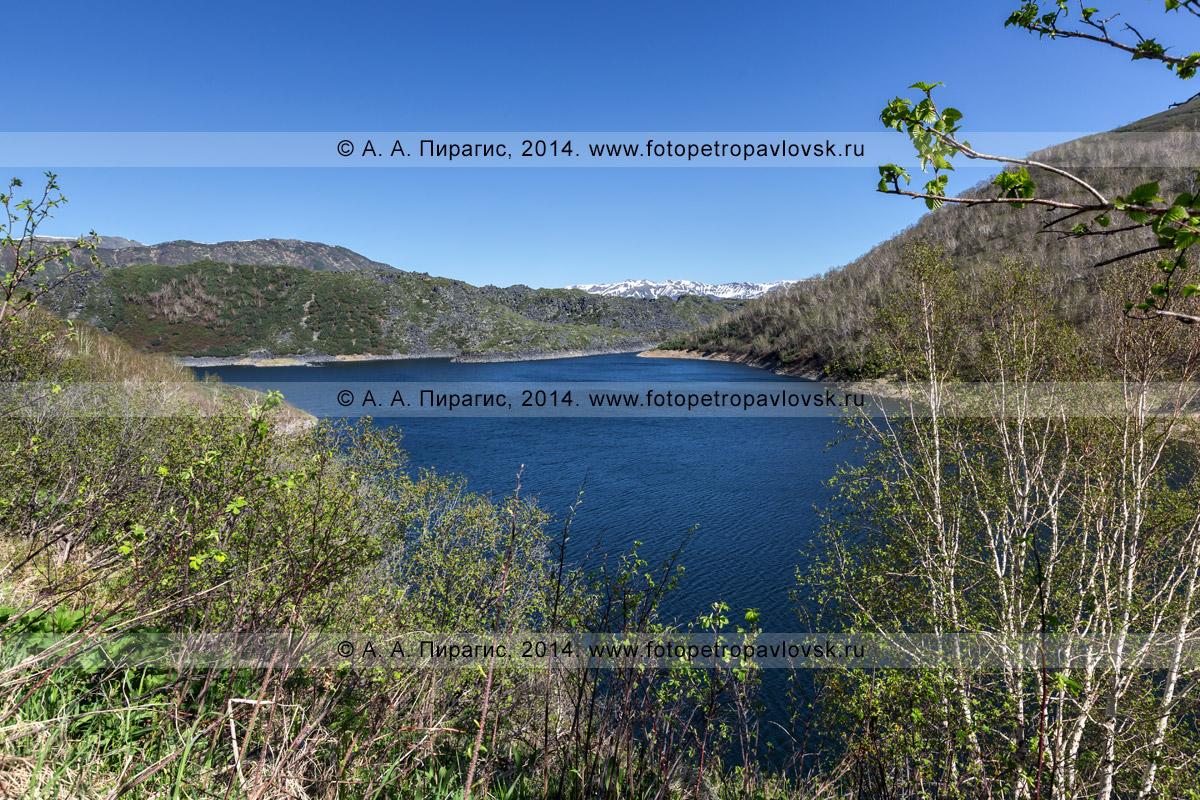 Фотография: озеро Ангре на полуострове Камчатка. Срединный хребет, Ичинский вулканический район