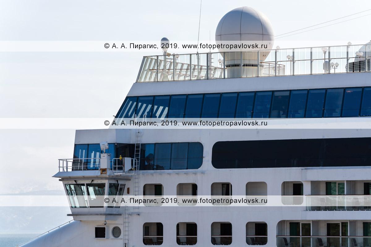 Фотография: экстерьер круизного лайнера Norwegian Jewel