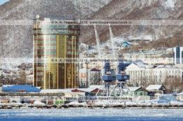 Фотография: бизнес-центр в центре города Петропавловска-Камчатского (улица Ленинская, 59). Камчатский край