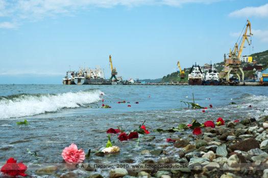 Фоторепортаж: молебен по погибшим камчатским рыбакам. День рыбака на полуострове Камчатка