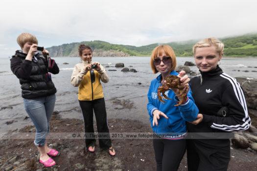 Корпоративный отдых на берегу бухты Шлюпочной (Авачинская губа) на полуострове Камчатка