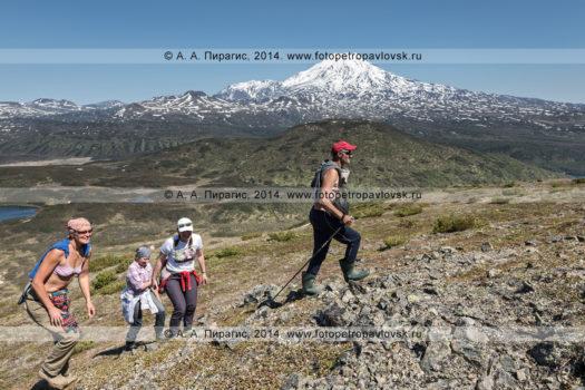 Фотографии: камчатский вулканический пейзаж, Ичинский вулкан, лавовые поля Южного Черпука и Северного Черпука