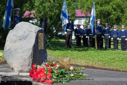 Фоторепортаж: открытие закладного камня на месте будущего памятника адмиралу Василию Степановичу Завойко — первому военному губернатору Камчатки