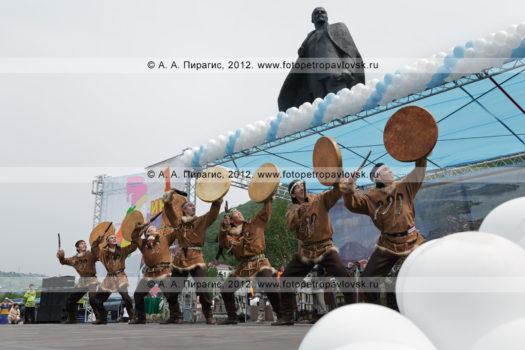 """Фотографии танца """"Мэнго"""" — Государственного академического корякского национального ансамбля танца"""