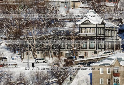 Фотография: Камчатский краеведческий музей в историческом центре города Петропавловска-Камчатского. Камчатский край