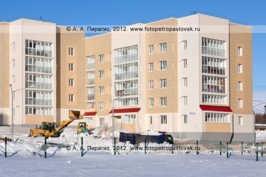 Фоторепортаж: работа снегоуборочной техники в городе Петропавловске-Камчатском