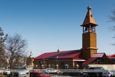Фотография храма Святой Живоначальной Троицы в городе Елизово