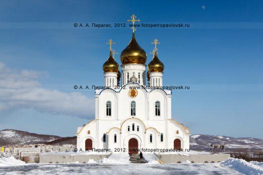 Фотографии Свято-Троицкого кафедрального собора в столице Камчатского края