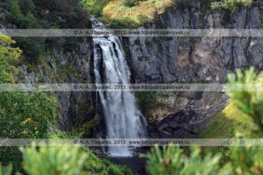 Фотография: водопад Спокойный, ручей Спокойный, полуостров Камчатка