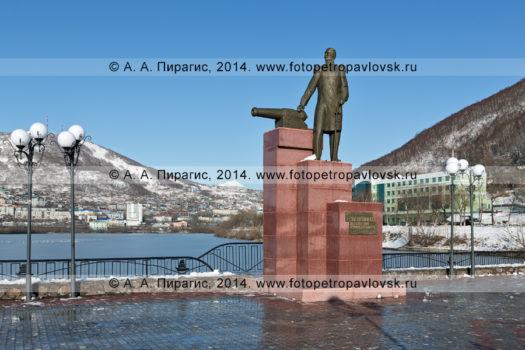 Памятник Завойко Василию Степановичу — первому губернатору Камчатки. Камчатский край, Петропавловск-Камчатский